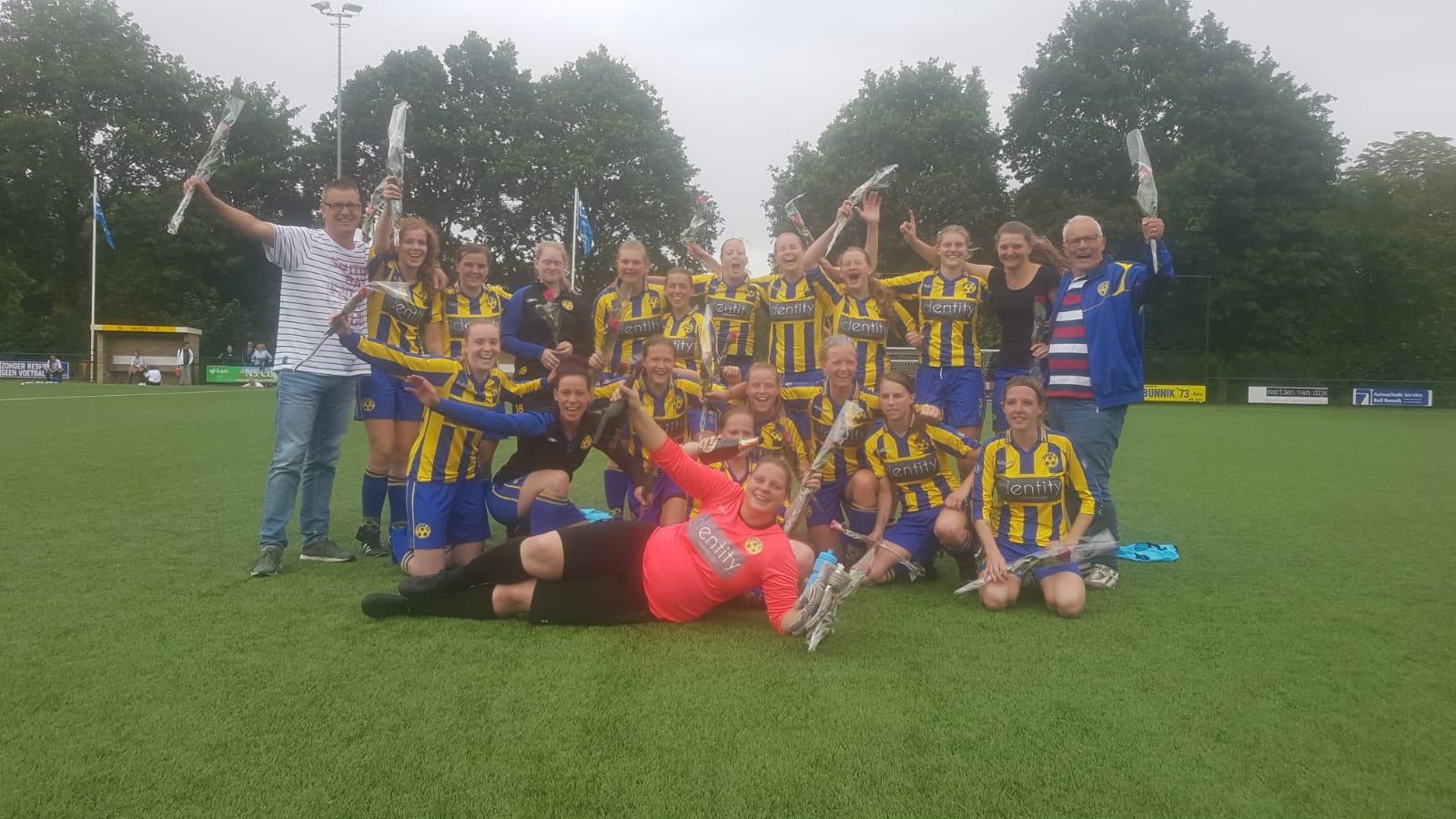 GELUKT!!! Dames 1 schakelt vv Baardwijk uit en promoveert naar de 2e klasse.
