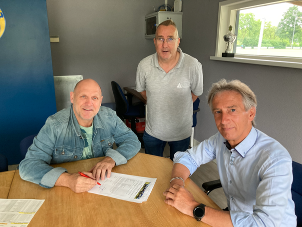 Nieuwe sponsorovereenkomst met Adriaan Groenen